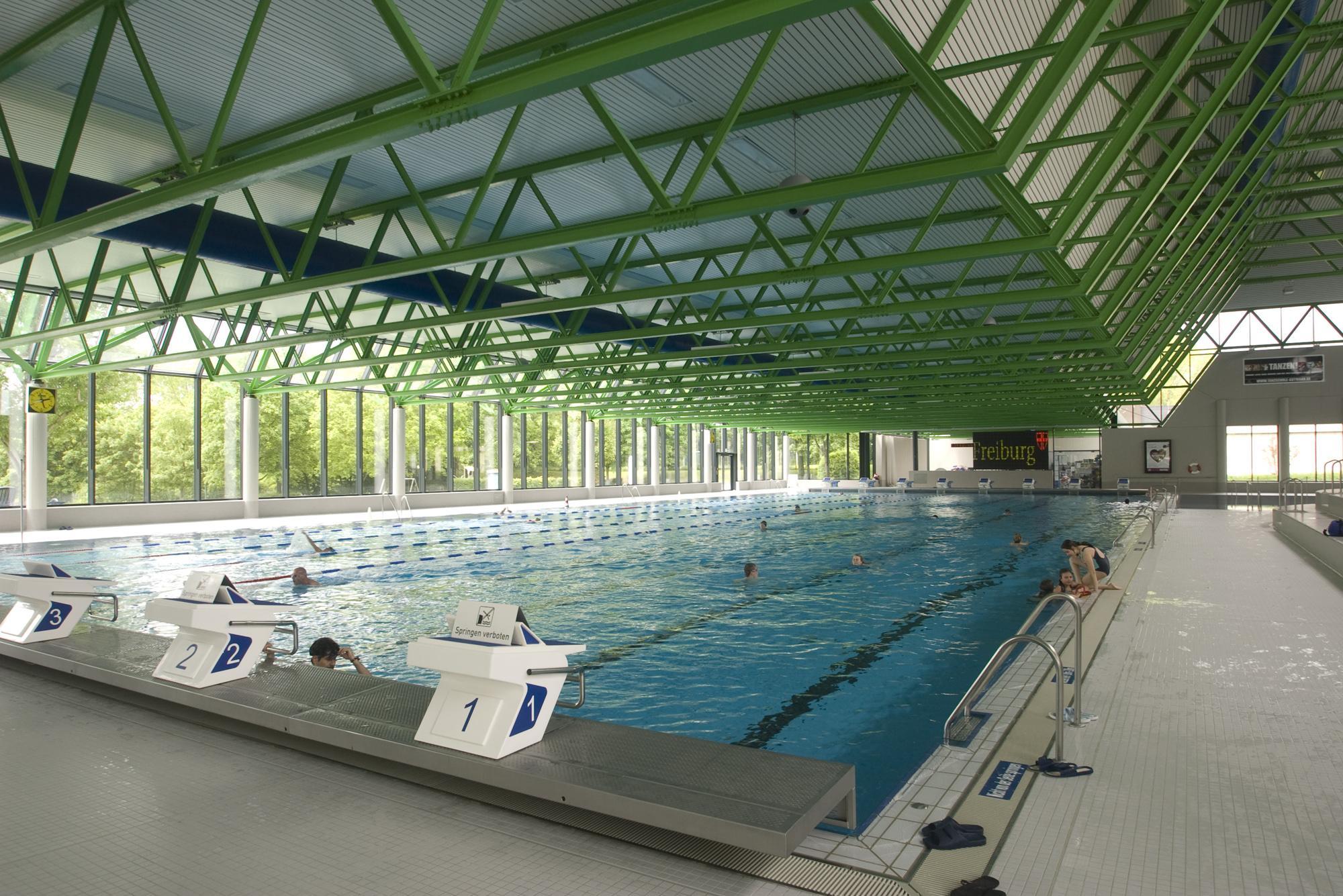 Schwimmerbecken im Westbad